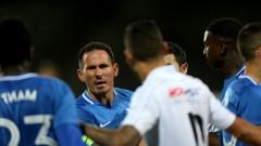 Какво се случва с договорите на Живко Миланов и Хали Тиам от Левски?