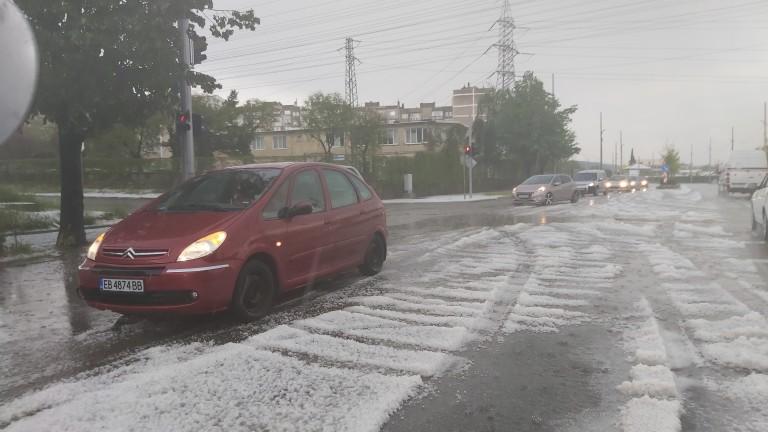 Невиждано тежка градушка удари в Пловдивско