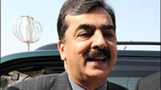 Опитаха да убият пакистанския премиер