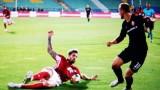 Защитникът на ЦСКА Раул Албентоса се похвали с шпагатите си