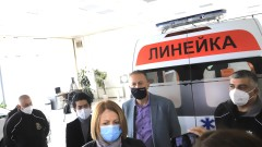 Столична община получи линейка за битката с коронавируса