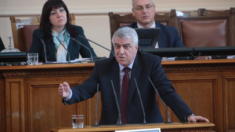 Румен Гечев: Я литне, я не литне... а българската армия да умира