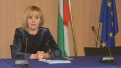 Манолова: От 1 септември хората с увреждания остават без личен асистент