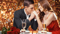 Разкриха какво хапват мъжете и жените на любовна среща