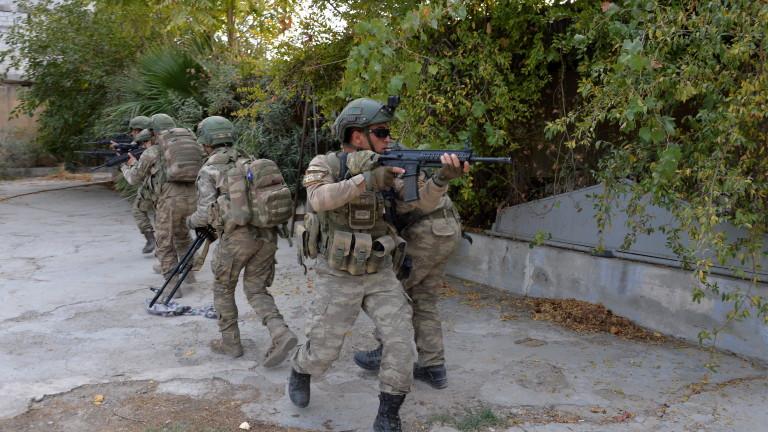 Снимка: Амнести обвини Турция във военни престъпления в Сирия