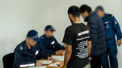 Хванаха 40 нелегални около дома за бежанци във Военна рампа