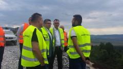 """Нанков инспектира изграждането на участък от АМ """"Хемус"""""""