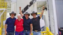 Безос: Благодаря на служителите и клиентите на Amazon, че платиха полета до Космоса