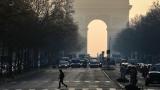 Стрелба в центъра на Париж, убит е полицай