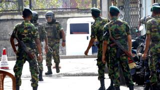 Кола бомба се взриви до една от нападнатите вчера църкви в Шри Ланка