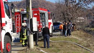 300 декара гори горят край Симеоновград