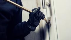Металните врати и райбери спират крадците