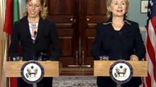 """Желева пита Клинтън за US интереса към """"Набуко"""" и """"Белене"""""""
