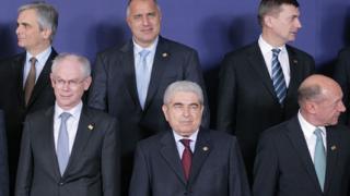 """В ЕНП """"дърпат ушите"""" на Борисов за посланиците ни"""