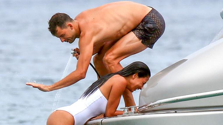 Гришо и Никол се забавляват в Сен Тропе