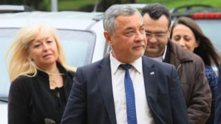 Валери Симеонов иска да е видим за местните избори
