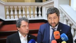 Правим правителство на малцинството, не коалиция, ядоса се Тошко Йорданов