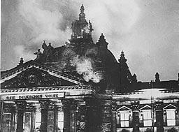 75 г. от пожара в Райхстага: Този път българите не са виновни