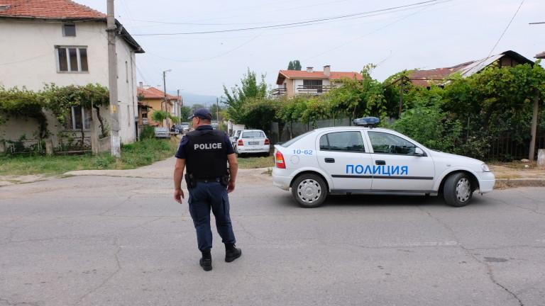 Арестуваха 12 за неподчинение при арест в Ботевград