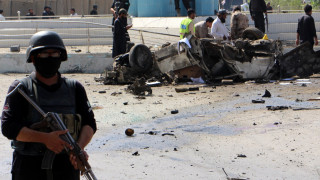 11 души загинаха при атентат с кола бомба в Пакистан