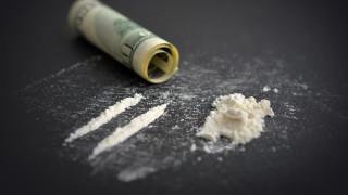 Извадиха 28 капсули с кокаин от корема на мъж в Русе