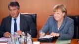 Германските социалисти се нахвърлиха на коалиционния си партньор Меркел за мигрантите