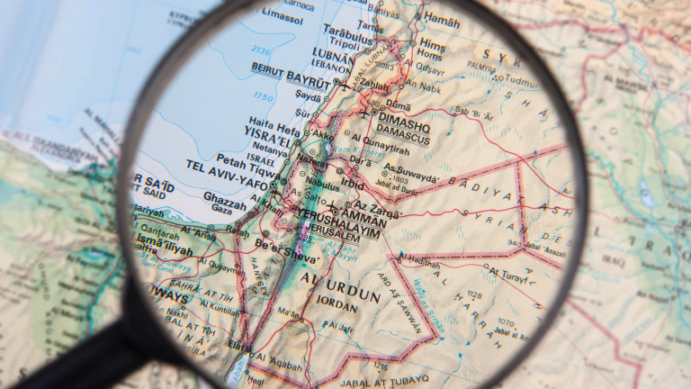 """Хизбула"" свали дрон на Израел в Ливан"