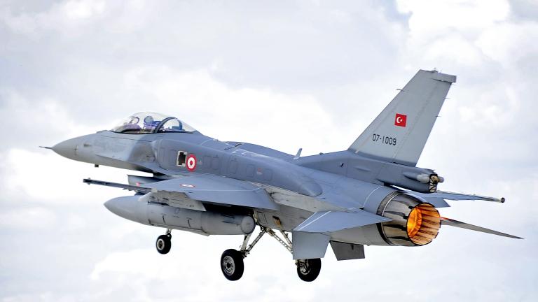 Ф-16 на Турция навлязоха във въздушното пространство на Гърция