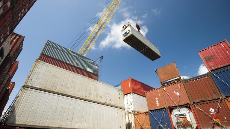 Българският износ към страните извън ЕС спада драстично