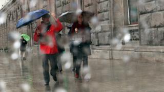 Жълт код в пет области предупреждава за обилни валежи