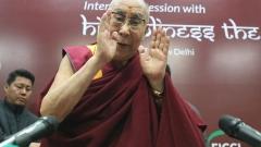 На китайските хардлайнери им липсват части от мозъка, смята Далай Лама