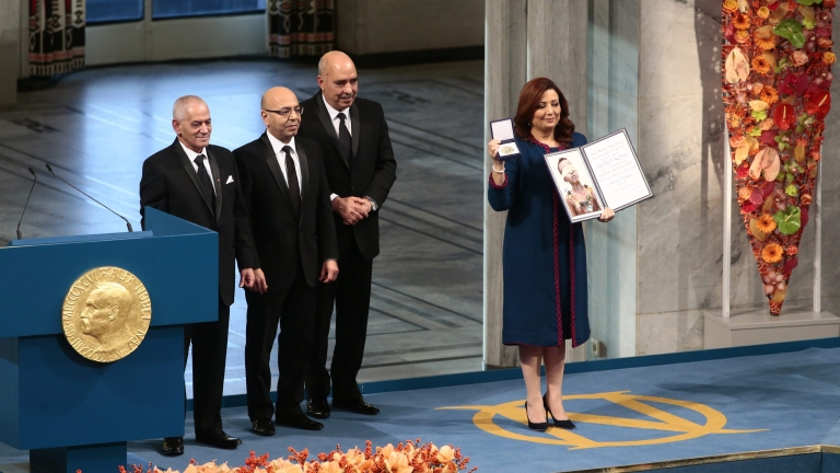 Тунизийският квартет за диалог взе Нобела за мир, осъди тероризма по света