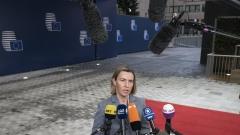 """Балканите стават """"шахматна дъска"""" за световните сили, предупреди Могерини"""