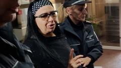 Анита Мейзер влиза в затвора
