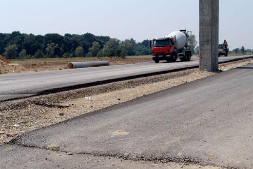 13 млн. лв. влагат в пътищата на Ловешко