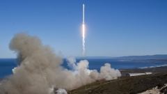 SpaceX, изстреля успешно ракета Falcon 9