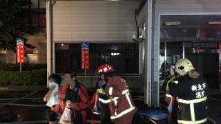 Смъртоносен пожар в болница в Тайван