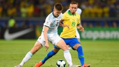 Наполи вече преговаря с бразилски национал