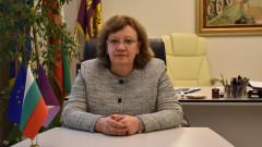 Кметът на Ловеч Корнелия Маринова се самокарантинира с положителен тест