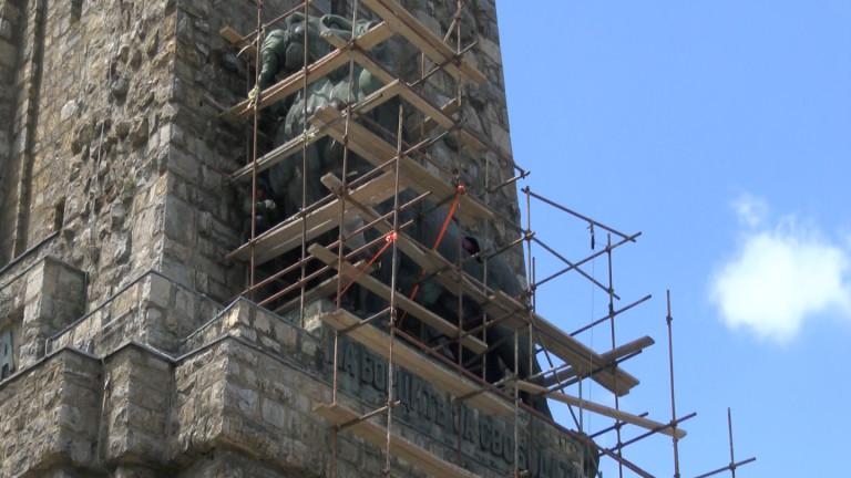 Снимка: Ремонтът на Паметника на свободата на Шипка приключва по-рано от предвиденото