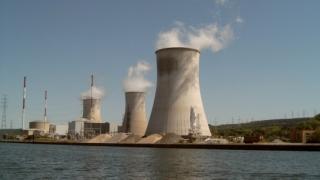 Еколози разбиха дрон в АЕЦ във Франция