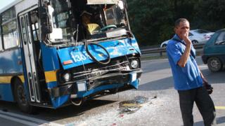Два тролея се блъснаха в София