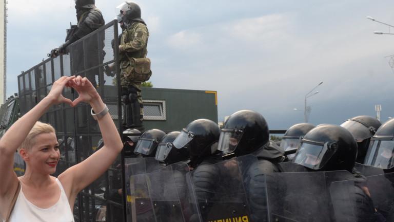 Разкъсани отношения с Европа и вероятна намеса на Русия пречат на САЩ да помага за демокрация в Беларус