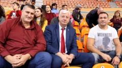 Кубрат Пулев и Любомир Ганев подкрепиха волейболистките на Марица
