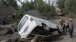 Украйна иска помощ от ЕС и НАТО след наводненията