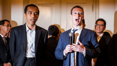 Създателят на Facebook иска да съборят четири къщи, за да не го смущават в дома му