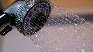 Вземането на душ отключва креативността. Как да приложим това в работата си?
