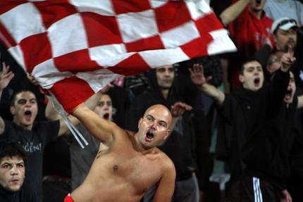 Йовановски иска пълни трибуни срещу Литекс