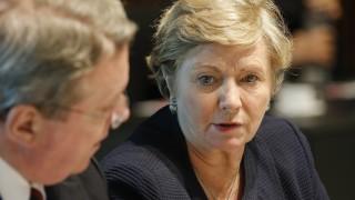 Ирландската опозиция принуди вицепремиера да подаде оставка