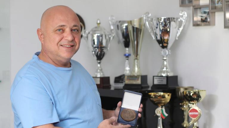 Рали Дакар 2019 постави много въпроси и отключи спомени за участието на Орлин Алексиев